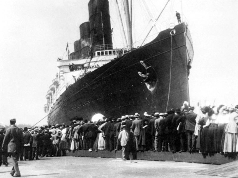 a history of the sinking of the lusitania in germany The history reader is a blog for history lovers and readers of history books lessons from the sinking of the lusitania - the history reader the sinking of the lusitania was one of the most epic human tragedies in history.